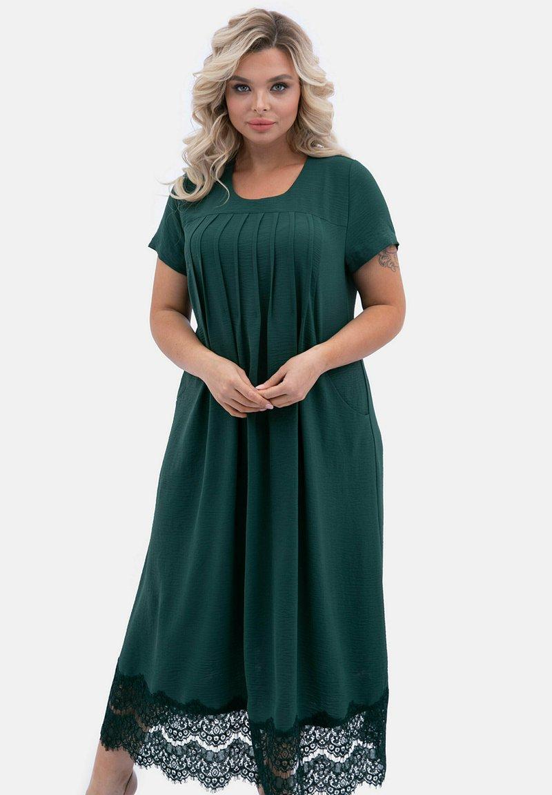 Wisell - MIT SPITZENEINSÄTZEN IM ROCKTEIL - Maxi dress - grün