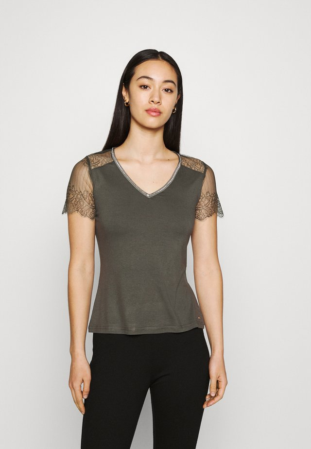 DEXIA - T-shirt con stampa - thym