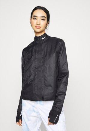 INFLATABLE JACKET - Lett jakke - black/white