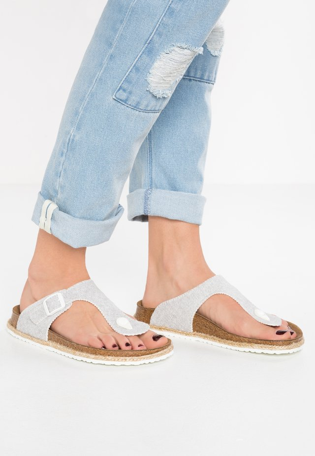 GIZEH  - T-bar sandals - beach light grey