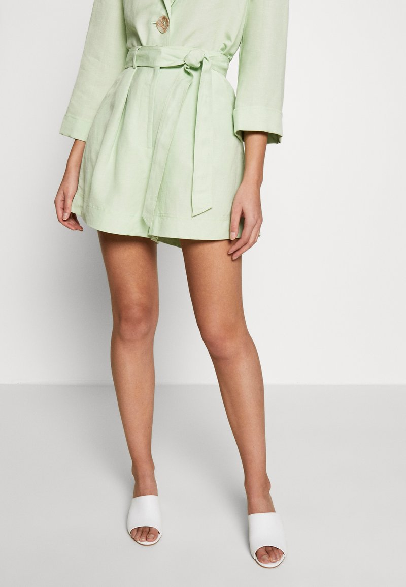 CMEO COLLECTIVE - POSSIBLE - Shorts - citron