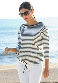 Alba Moda - Long sleeved top - marineblau weiß - 2