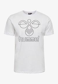 Hummel - HMLPETER  - T-shirt med print - white - 3