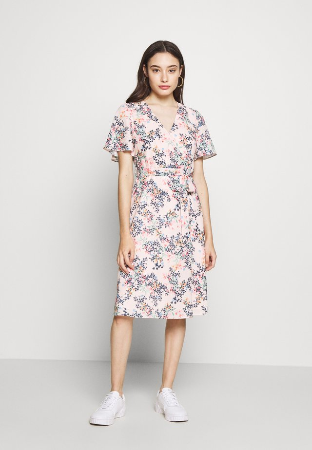 FLUENT - Day dress - pastel pink