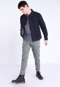 BONOBO Jeans - MIT TASCHEN - Giacca di jeans - denim stone - 1