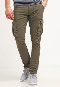 INDICODE JEANS - WILLIAM - Pantaloni cargo - army - 0