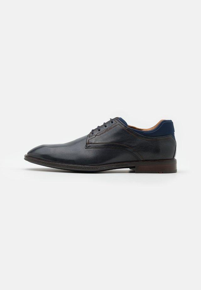 MANUEL - Zapatos con cordones - ocean