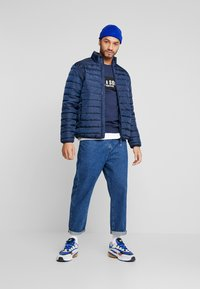 Only & Sons - ONSGEORGE QUILTED HIGHNECK - Chaqueta de entretiempo - dress blues - 1