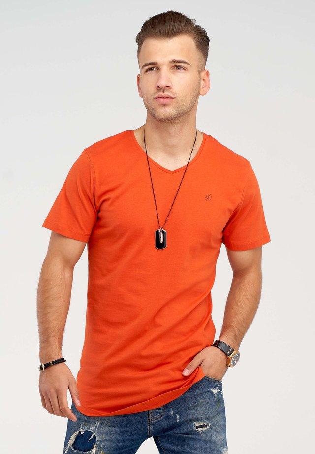 NEWRAR  - Basic T-shirt - burnt ochre