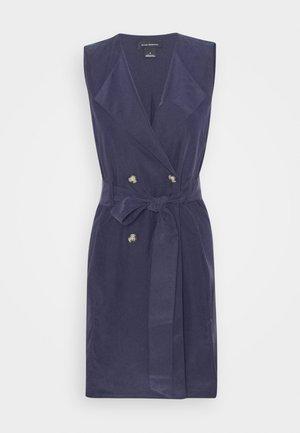 BELTED WRAP MINI DRESS - Skjortekjole - blueberry