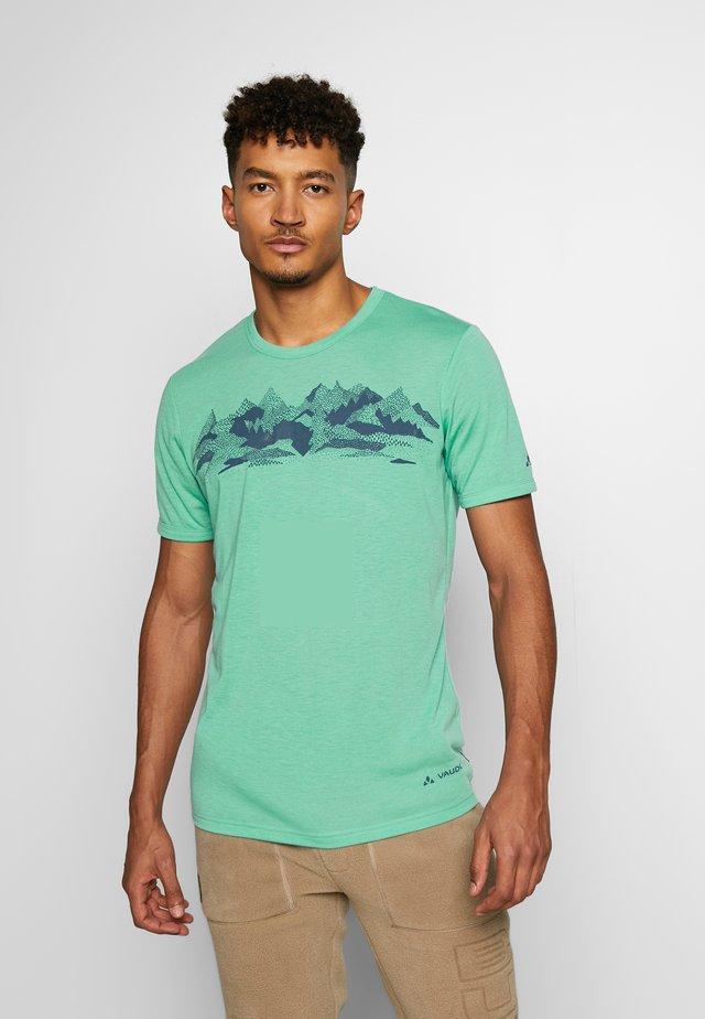 ME PICTON - Print T-shirt - lake