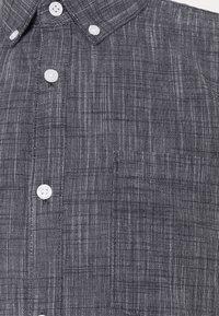 TOM TAILOR DENIM - BUTTON DOWN  - Shirt -  iris blue - 6