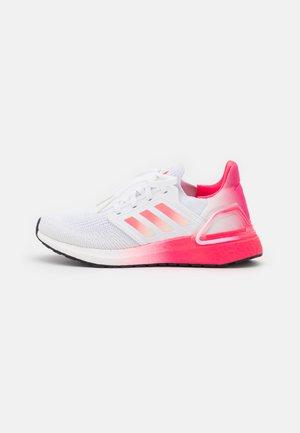 ULTRABOOST 20 PRIMEBLUE PRIMEKNIT RUNNING SHOES - Zapatillas de running neutras - footwear white/signal pink