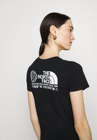 The North Face - COORDINATES TEE - Print T-shirt - black - 3