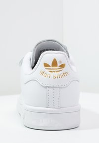 adidas Originals - STAN SMITH LACE-FREE SHOES - Sneakers - footwear white / gold metallic - 3
