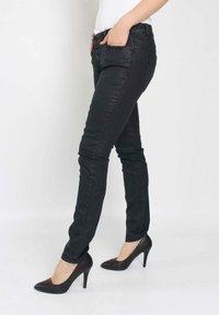 Buena Vista - Slim fit jeans - black - 2