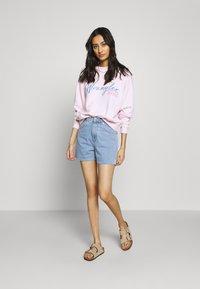 Wrangler - HIGH RETRO - Sweatshirt - cradle pink - 1