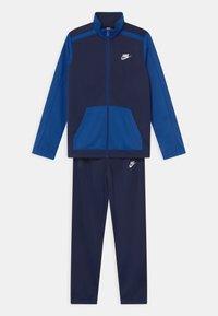 Nike Sportswear - FUTURA SET UNISEX - Tepláková souprava - midnight navy/game royal - 0
