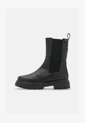 MERCURE - Classic ankle boots - black