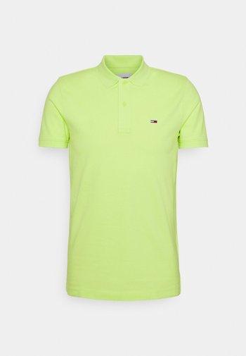 CLASSICS SOLID  - Polo shirt - green