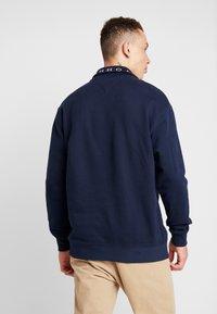 Tommy Jeans - SOLID ZIP MOCK NECK - Sweatshirt - blue - 2