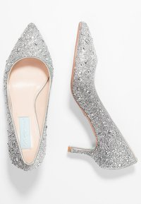 Blue by Betsey Johnson - JORA - Pumps - silver - 3