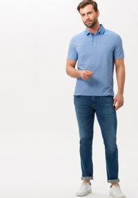 BRAX - STYLE PETTER - Polo shirt - light blue - 1