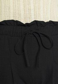 ONLY - ONLKIRAS LIFE PANTS - Bukse - black - 5