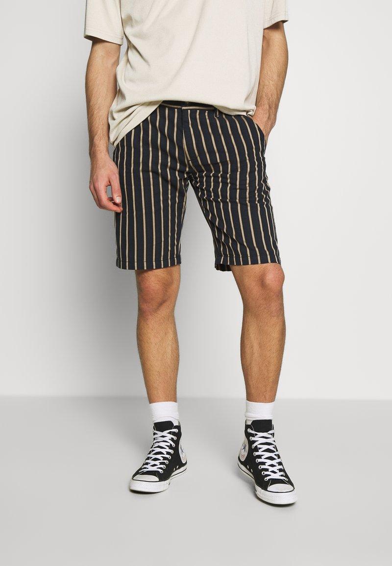 Redefined Rebel - NEBRASKA - Shorts - black