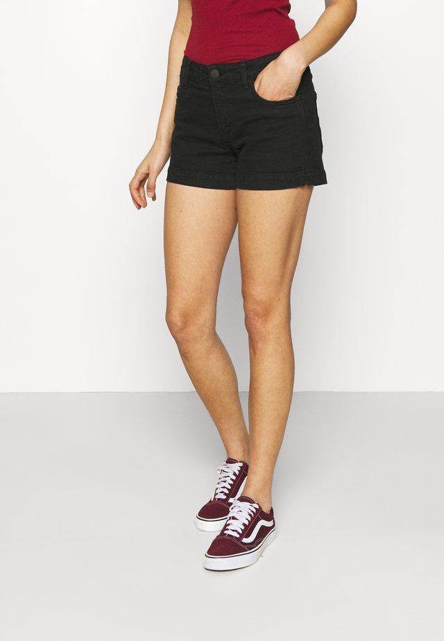 MID RISE CLASSIC - Denim shorts - new black