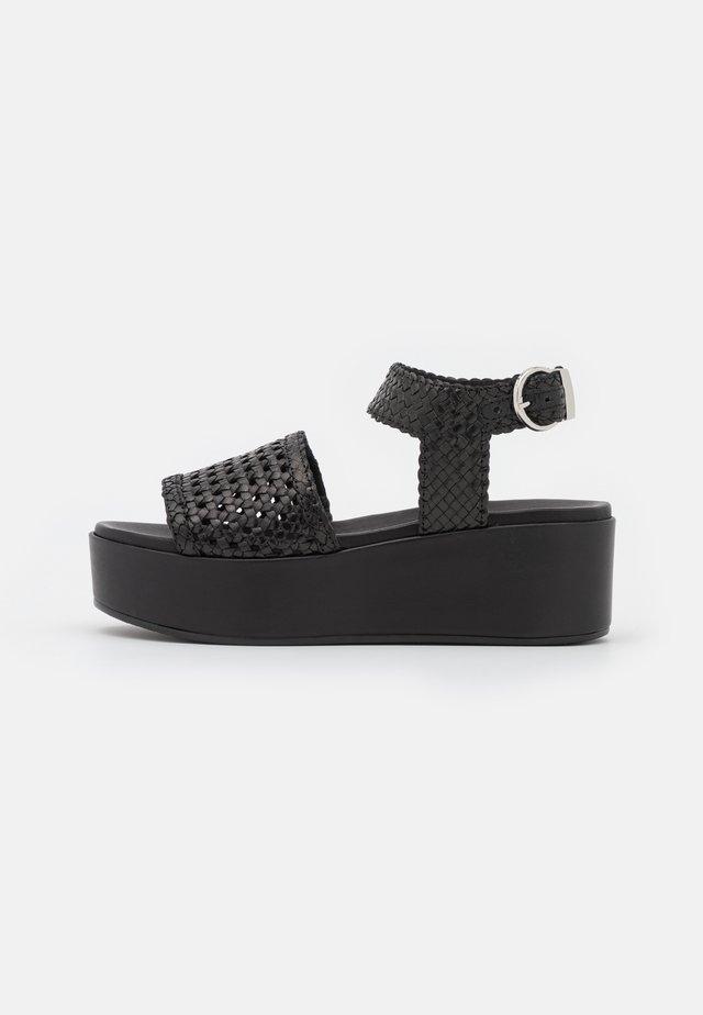 Sandały na platformie - noir