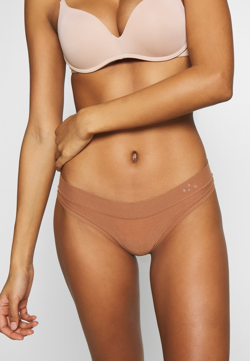 aerie - REAL ME BINDING THONG - Thong - confidence