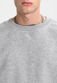 Urban Classics - CREWNECK - Sweatshirt - grey - 3