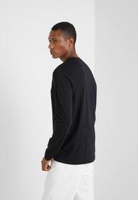 Versace Collection - T-SHIRT GIROCOLLO REGOLARE - Langærmede T-shirts - nero - 2