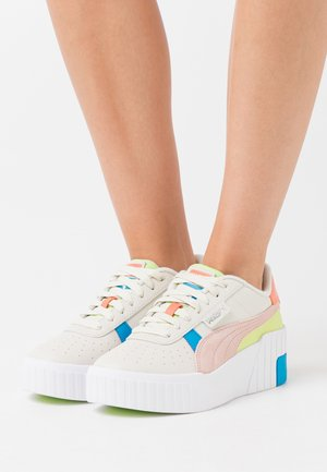 CALI WEDGE SUNSET - Sneaker low - marshmallow/white