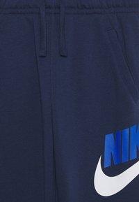 Nike Sportswear - CLUB PANT - Teplákové kalhoty - midnight navy - 2