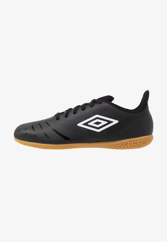 UX ACCURO III CLUB IC - Zaalvoetbalschoenen - black/white