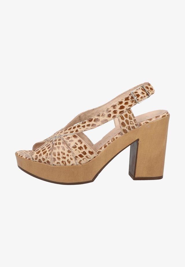 Sandalen met hoge hak - sand