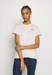 Levi's® - PERFECT TEE - T-shirts print - peach blush - 0