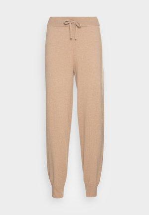 CHANNI - Teplákové kalhoty - cashmere cream melange