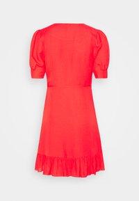 Forever New - BOSTON WRAP SKATER DRESS - Robe d'été - red - 7