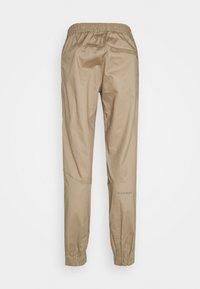 Mammut - CAMIE PANTS MEN - Kalhoty - safari - 1