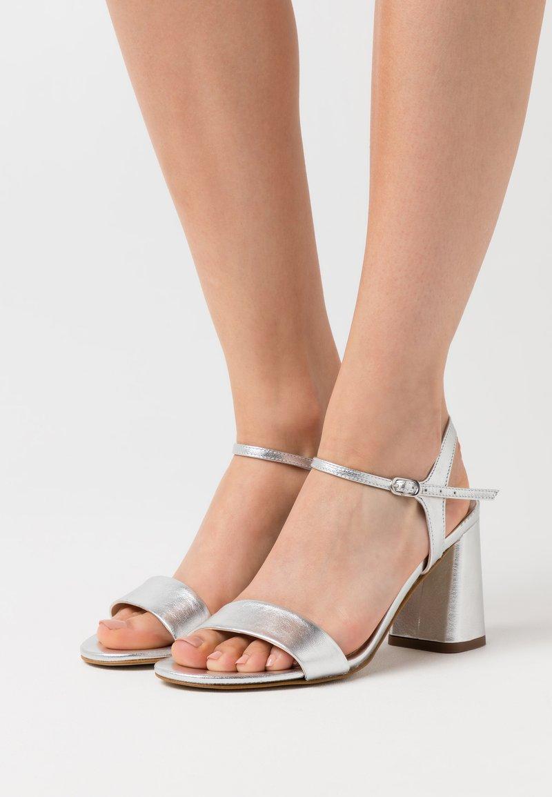 Anna Field - LEATHER SANDALS - Sandály na vysokém podpatku - silver
