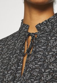 ONLY - ONLASSIA DRESS - Robe d'été - black - 5