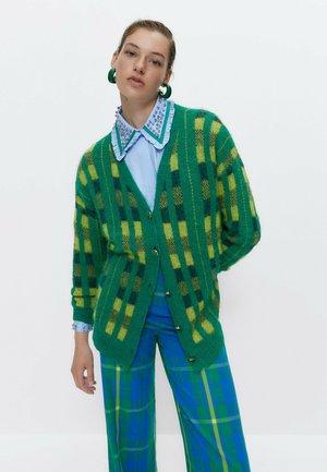 CHECK JACQUARD ALPACA  - Cardigan - green