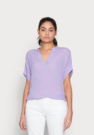 CONNOR - Blusa - lavender