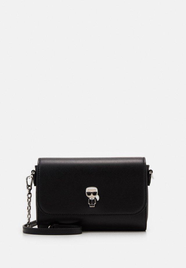 IKONIK PIN CROSSBODY - Across body bag - black