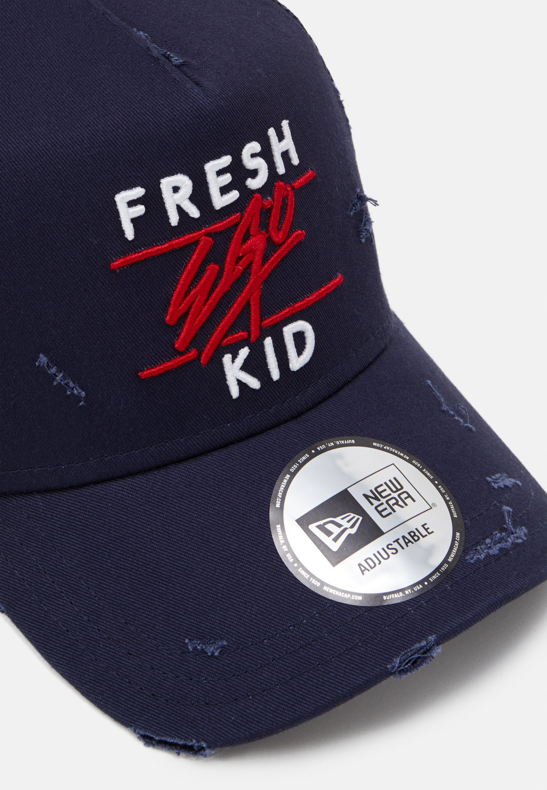 New Era Distressed Trucker - Cap Navy/dunkelblau