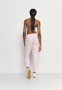 Cotton On Body - LIFESTYLE GYM TRACKPANT - Pantalones deportivos - pink sherbet - 2
