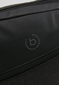 Bugatti - SMALL CROSSBODY BAG - Taška spříčným popruhem - black/grey - 7